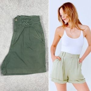 90's Army Green High Waist Pleated Bermuda Shorts
